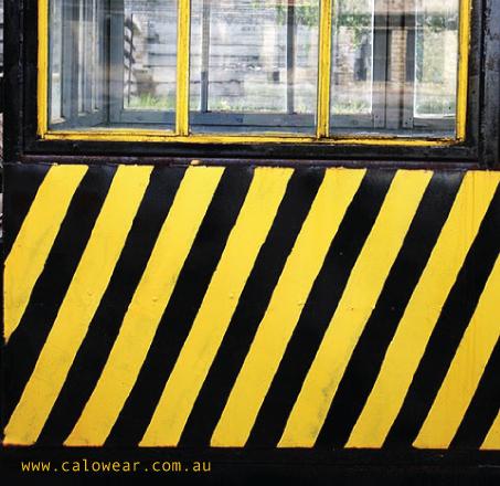 KALOWEAR-LOGO-by-gesecolor-C