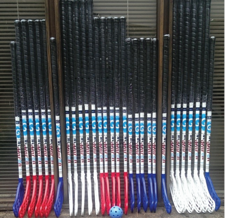 Generation-Floorball-sticks-Vertical