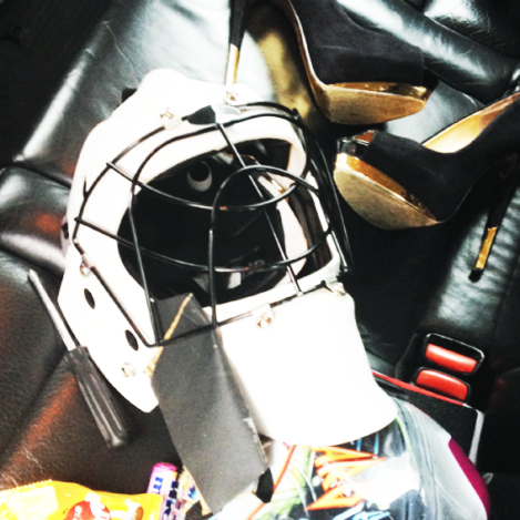 Thats how it starts. Blindsave old mask painted by heroic Pon.ch , new mask , higheels -off & warm boots on in a cold garage!